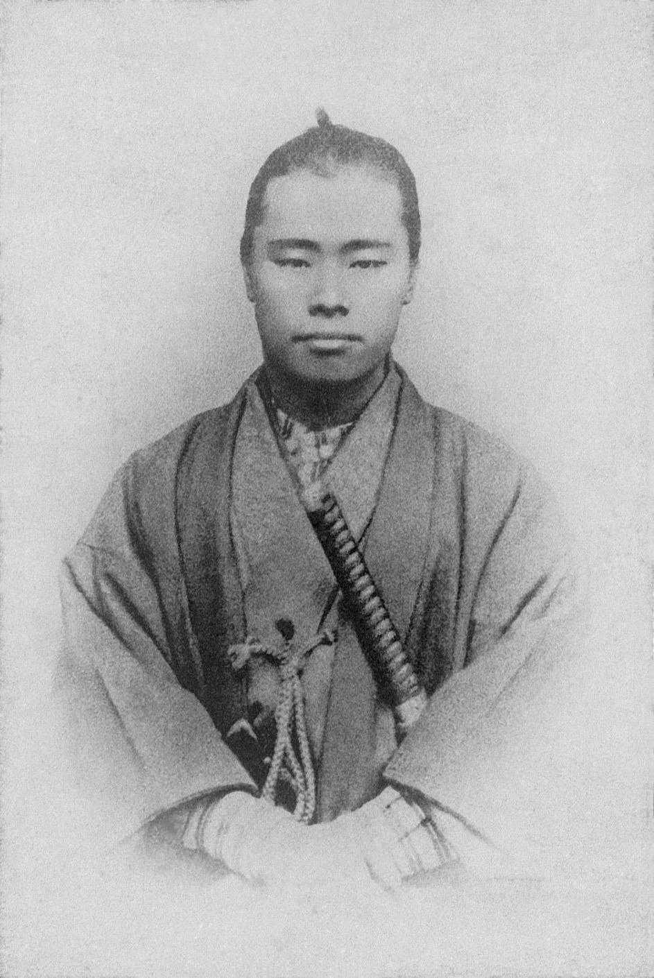 武士装束の平野富二。明治4年市場調査に上京した折りに撮影したとみられる。推定24歳ころ。