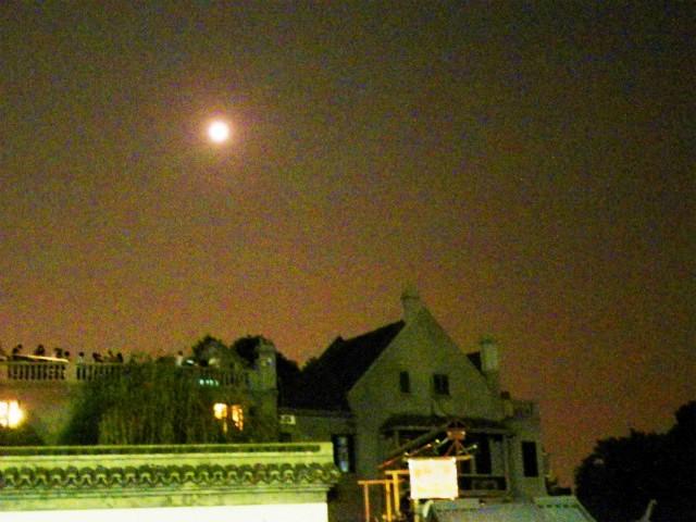 西湖の中秋の月