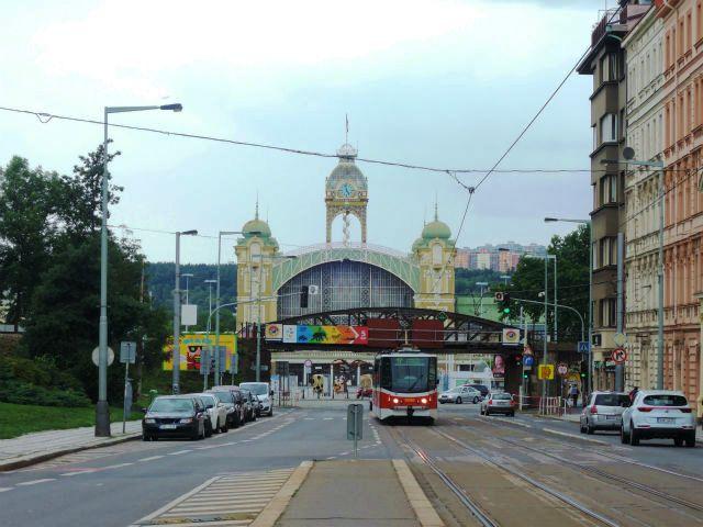 プラハのアールヌーボ建築ブームの先駆けとなった産業宮殿