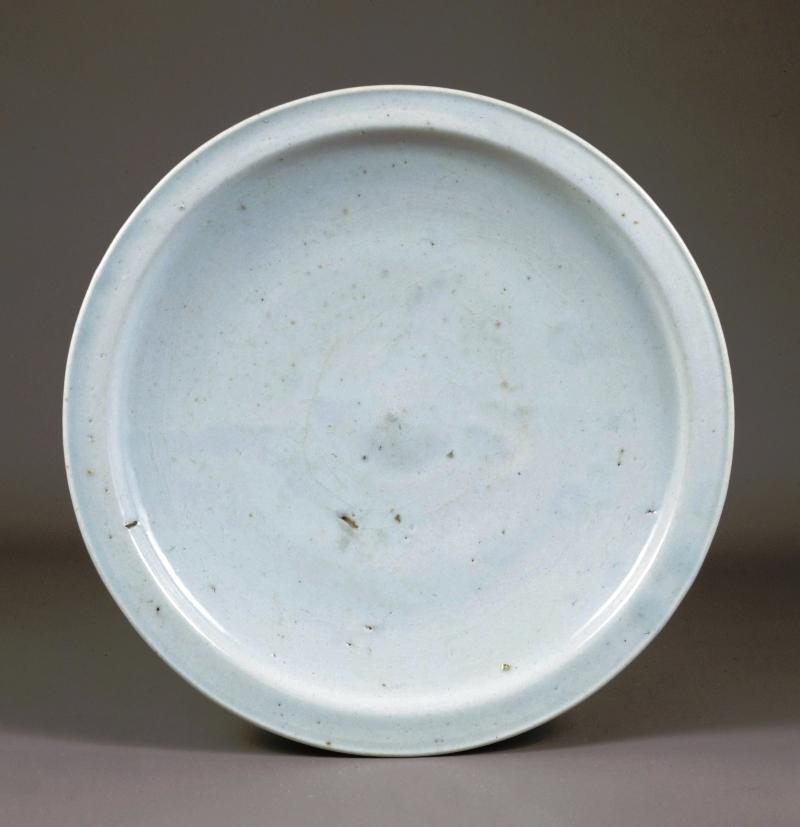 ①白磁 皿